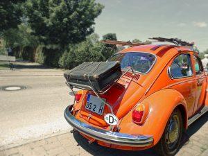 VW mit Koffer